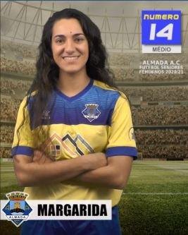 Futebol   Seniores Femininos   Margarida Santos renovou com o representar o Almada AC