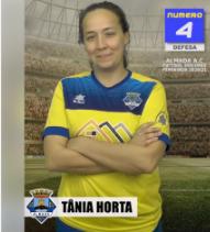 Futebol | Seniores Femininos | Tânia Hora acumulará funções de capitã e diretora desportiva época 2020/21