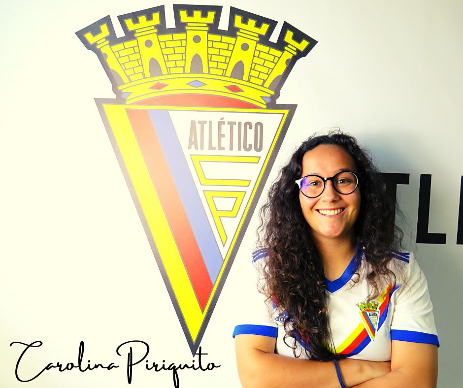 Contratação: Carolina Piriquito