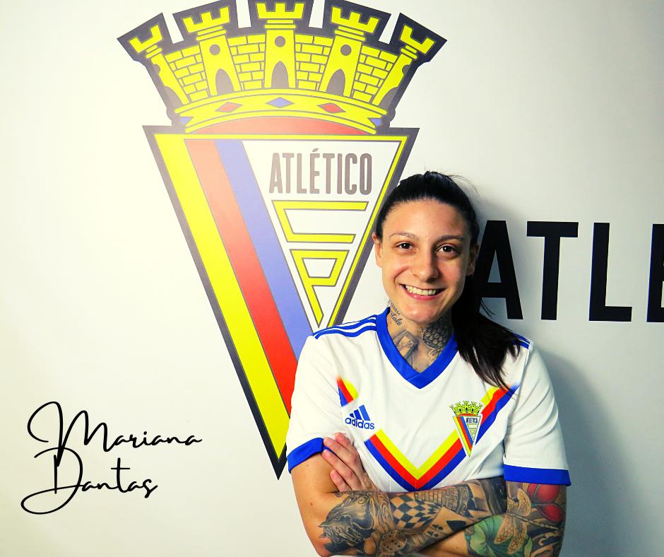 Contratação: Mariana Dantas