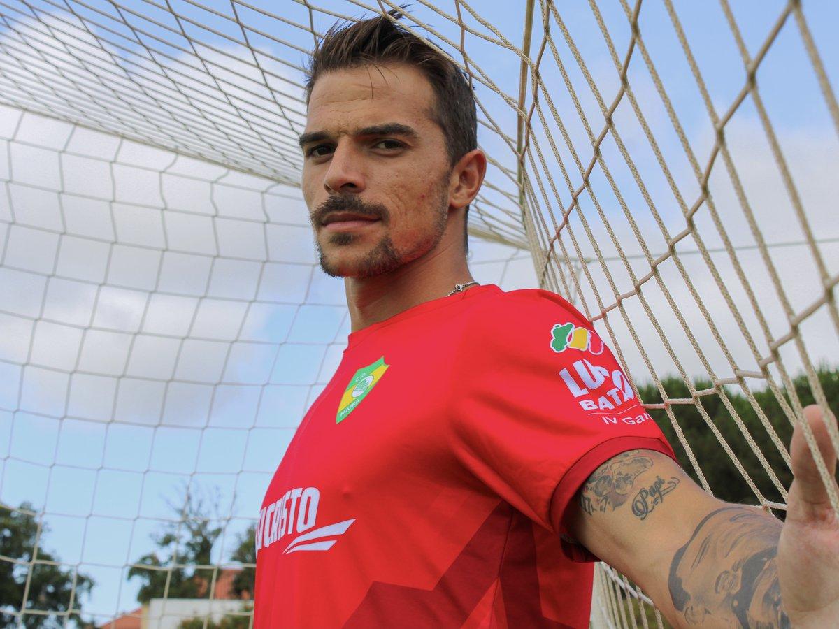 Miguel Santos é reforço