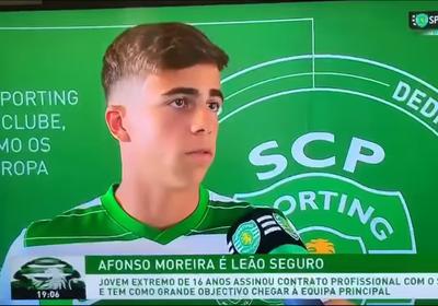 AfonsoMoreira, também formado pelo Cracks Clube de Lamego, assina contrato profissional com oSporting Clube de Portuga