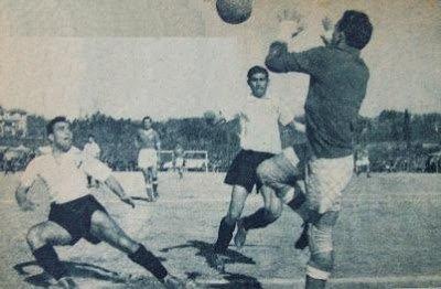 Lusitano FC - Vitoria SC 48/49