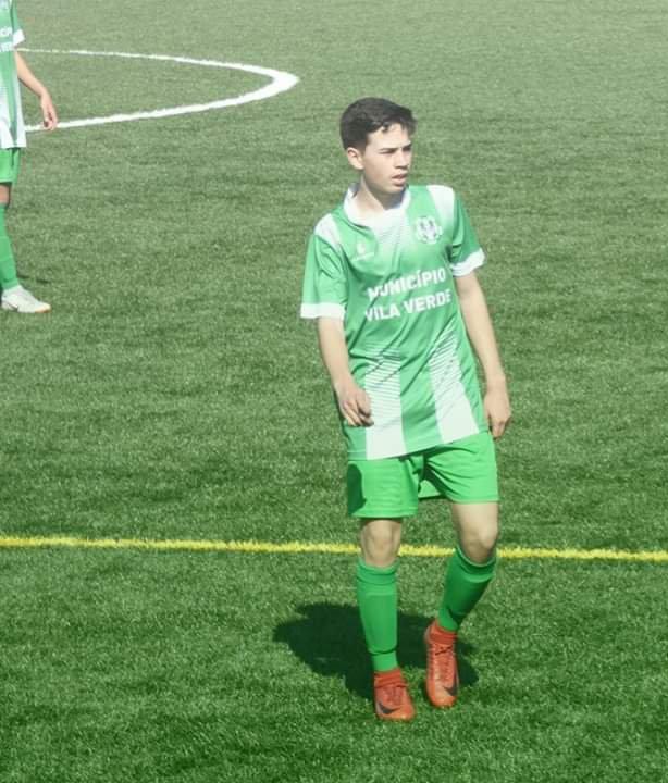 Claúdio Araújo dos Juvenis 1 ruma aos nacionais de futebol