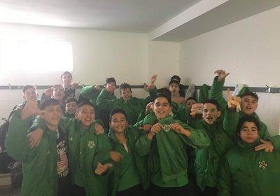 """Iniciados 2 vencem no terreno do Louro e começam a """"trepar"""" na tabela"""